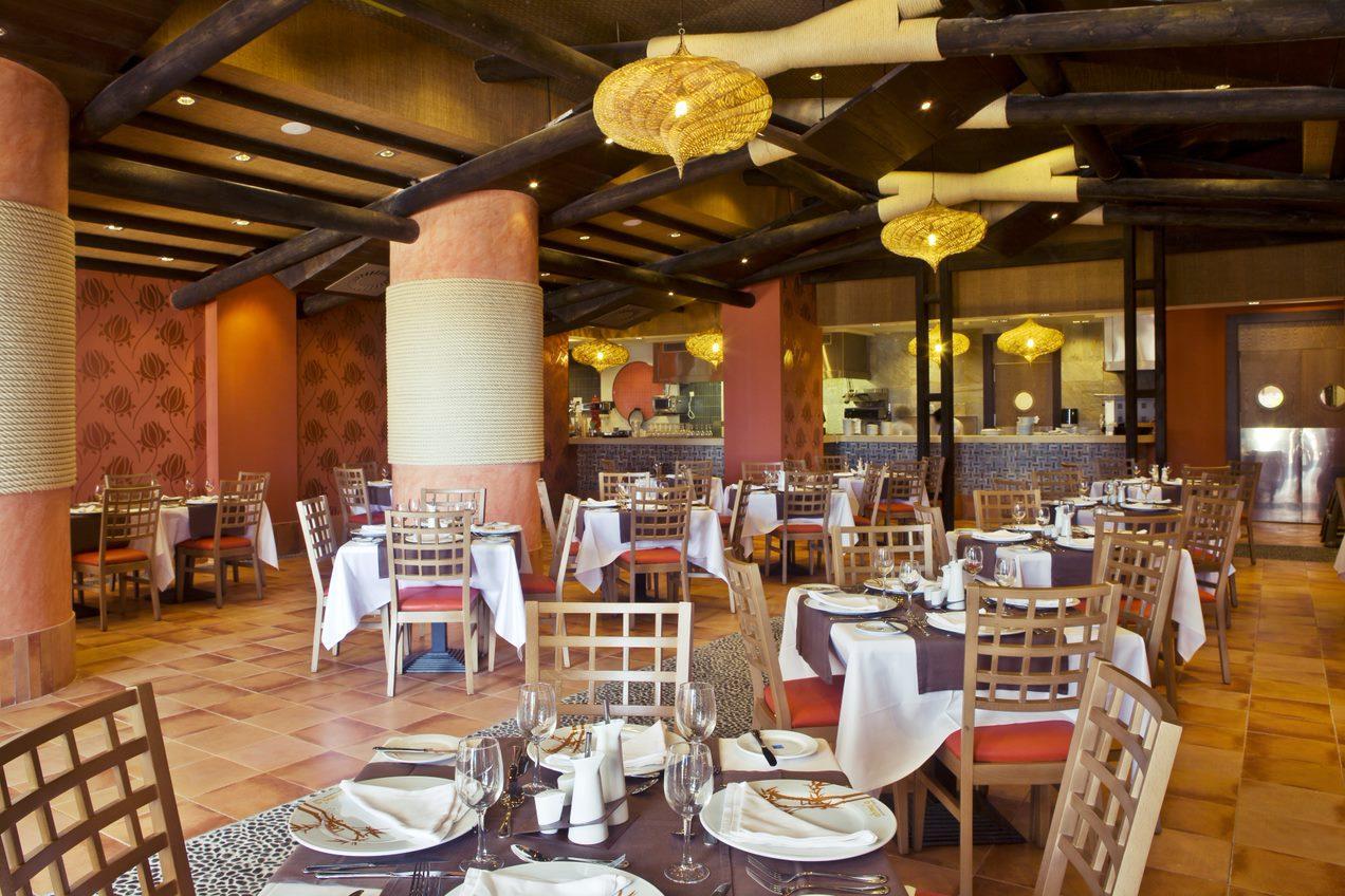 Restaurante polinésico Ahima`a